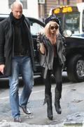 [Image: th_73102_Lady_Gaga_31_122_111lo.jpg]