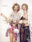 Claudia Schiffer, Eva Herzigova - Vogue 3-2009 (France) Foto 647 (Клаудия Шиффер, Ева Герцигова - Vogue 3-2009 (Франция) Фото 647)
